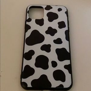 iphone 11 pro max cow print case 😘